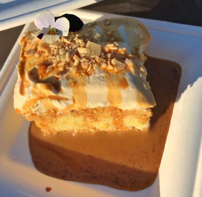 Jardin de Fiestas' Tres Leches Cake