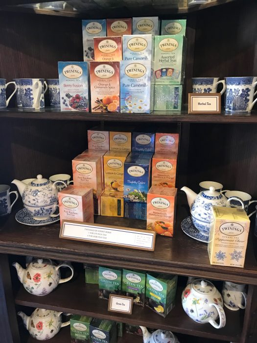 Shopping In The Epcot Countries Get To Know The United