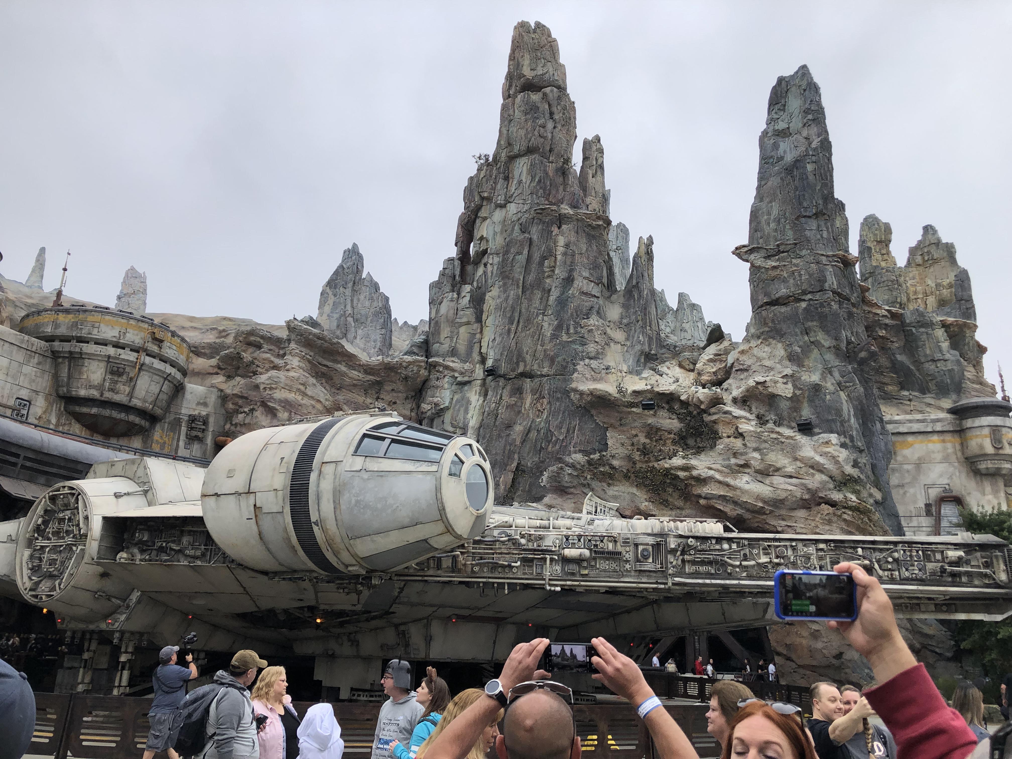 Star Wars: Galaxy's Edge | Millennium Falcon