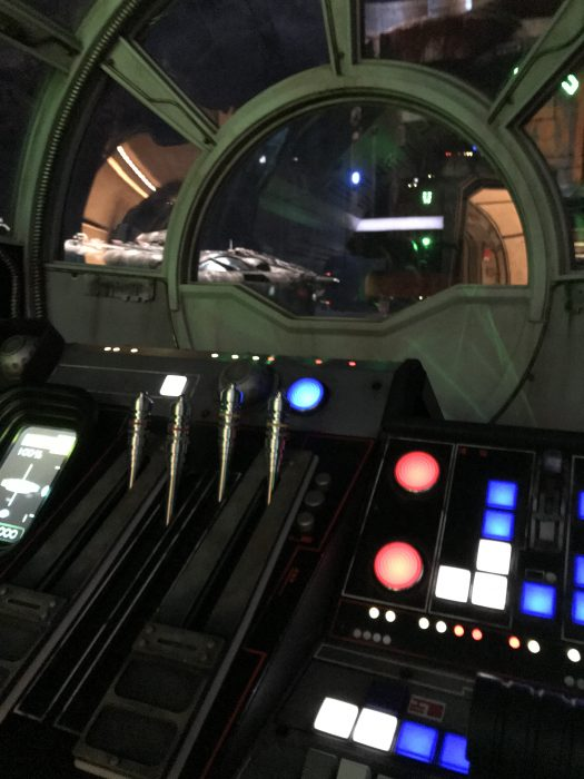 Five Things You Should Know About Millennium Falcon: Smugglers Run
