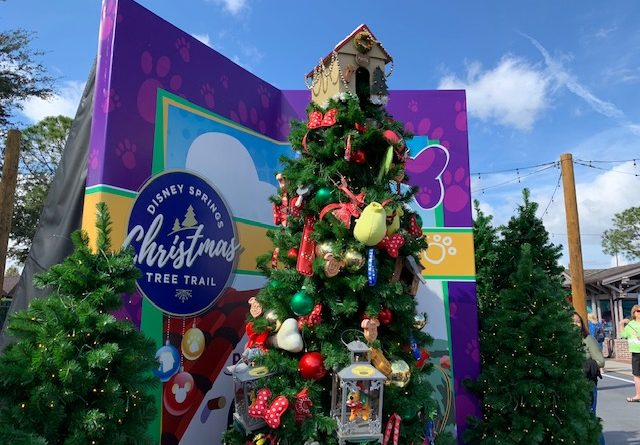 Disney Springs Christmas 2020 Disney Springs Christmas Tree Trail Debuts for 2019