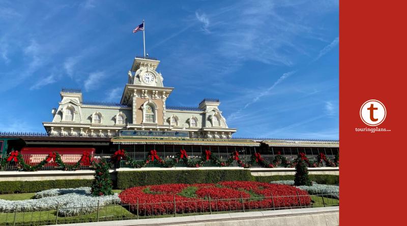 Are Christmas Decorations Still Up At Magic Kingdom 2020 PHOTOS: Christmas Decor is STILL Up at Magic Kingdom