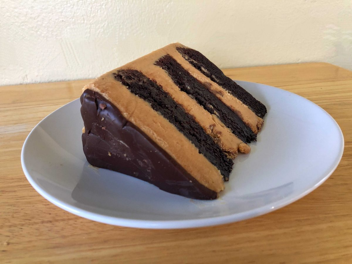 REVIEW – Don't Forget About Cake Slices at Gideon's Bakehouse at Disney Springs