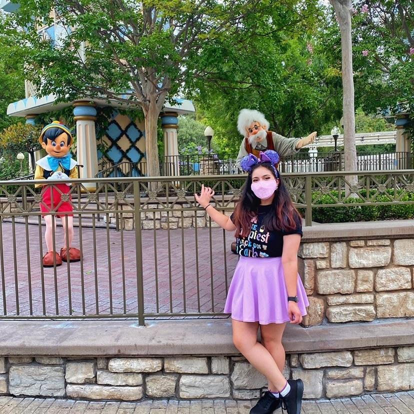 Pinocchio Disneyland Photo Opp