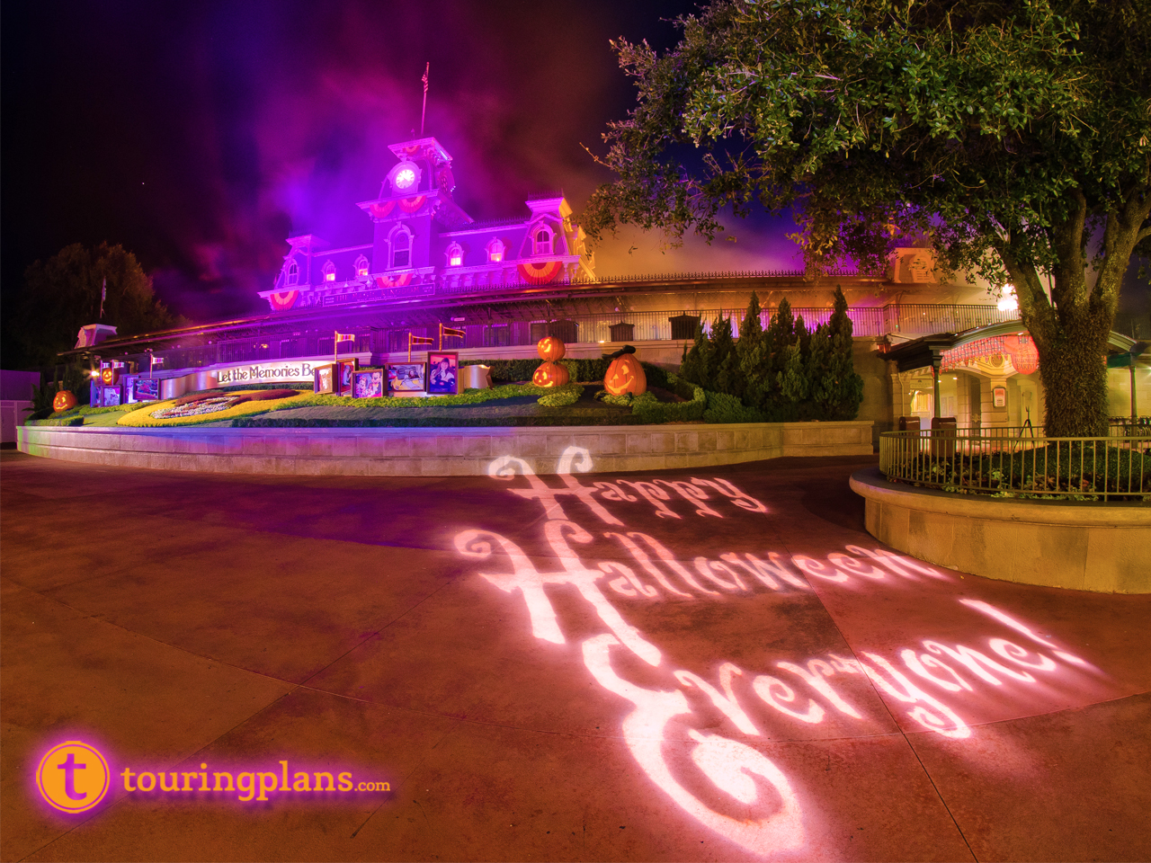 The Least Crowded Mickey's Not-So-Scary Halloween Party of 2015 ...