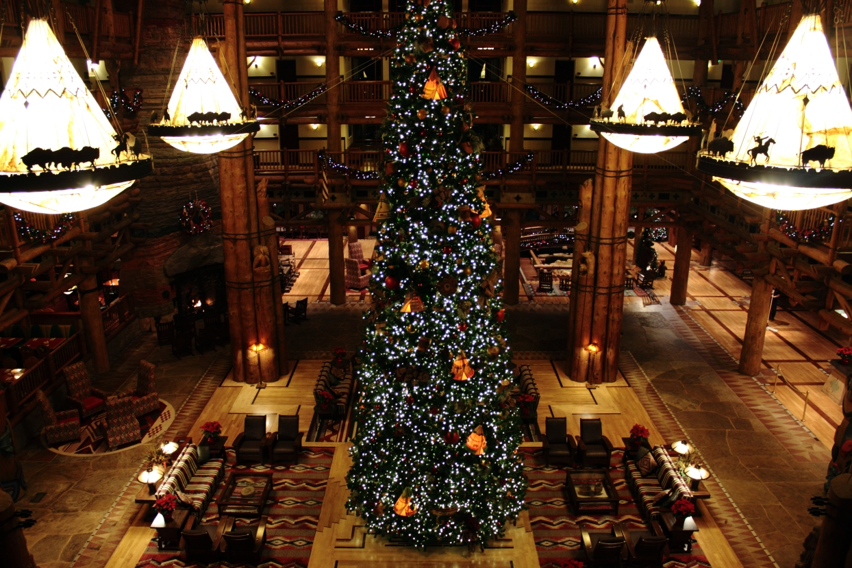wilderness lodge a christmas getaway touringplanscom blog - The Christmas Lodge