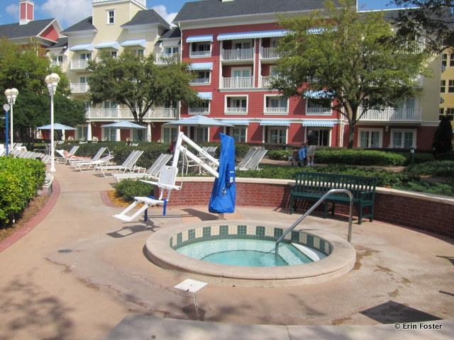 Boardwalk, Villas pool, hot tub