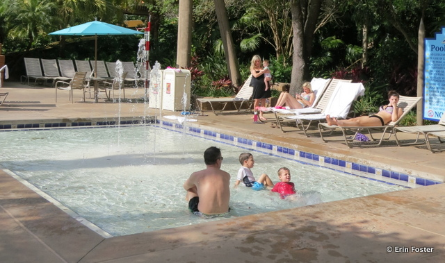 Coronado Springs resort, Dig Site kiddie pool with water squirt feature