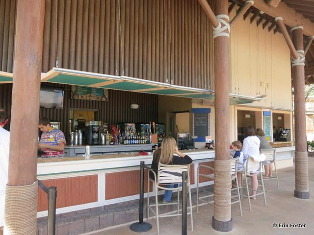 Coronado Spring resort, Siesta's pool bar