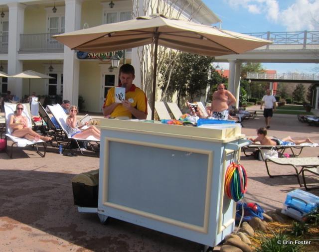 Saratoga Springs, poolside activities