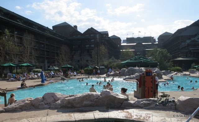 Wilderness Lodge, main pool