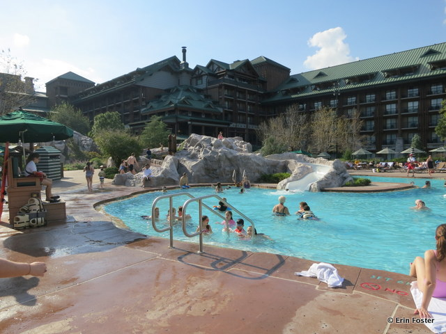 Wilderness Lodge, main pool with small water slide at the back