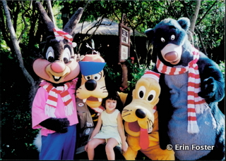 Photo opportunities with several unrelated characters are rare, take advantage of this if you find an opening to do so.