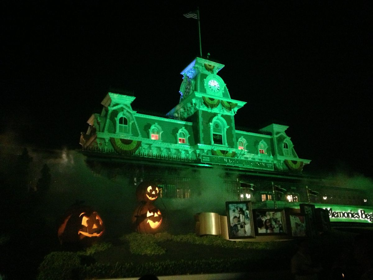 Mickey's Not-So-Scary Halloween Party 2013 - TouringPlans.com Blog ...