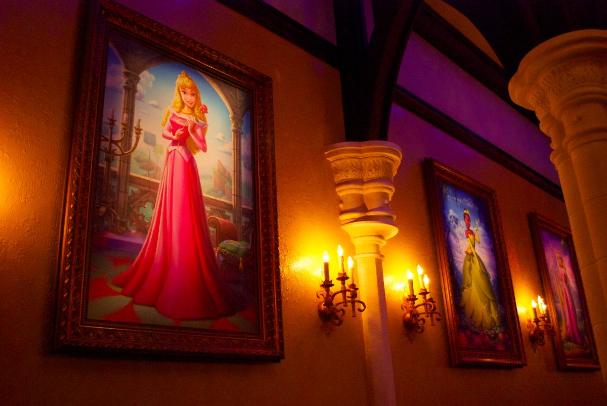 Gorgeous Tangled Themed Guest Rooms At Tokyo Disneyland: A Princess Fairytale Hall Primer