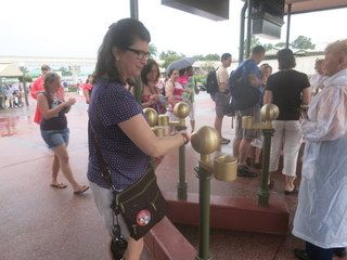 Using a MagicBand to enter the Magic Kingdom