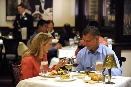 Disneyland Resort Begins Accepting Online Dining ...