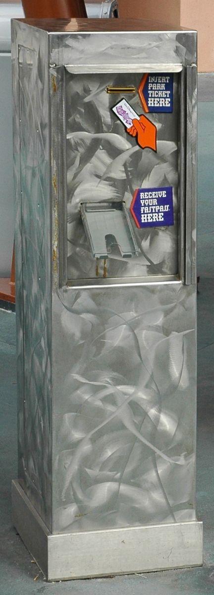 fastpass-kiosk