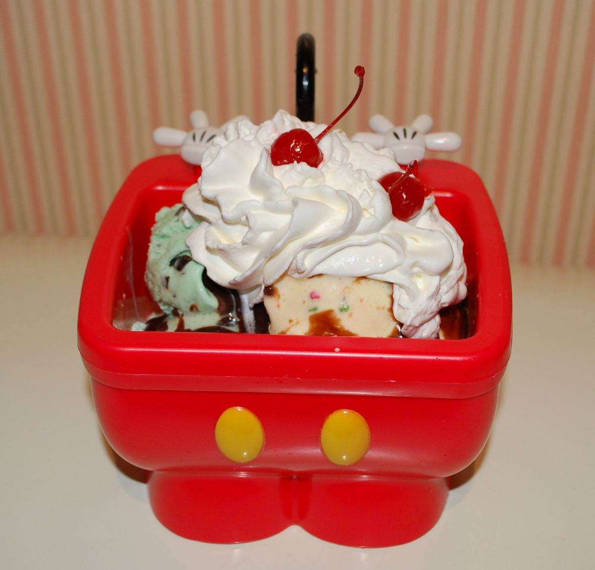 Everything But The Kitchen Sink Disney best disney world sweets - touringplans blog | touringplans