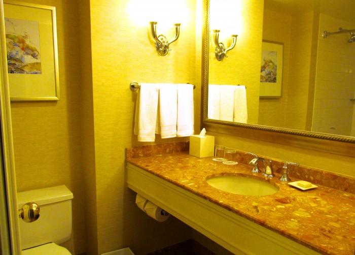 Fairmont Waterfront bathroom.