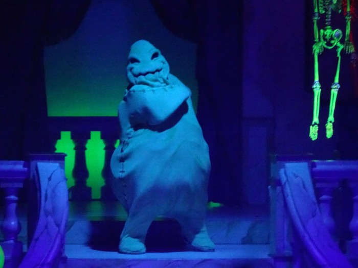 VillainsUnleashed_OogieBoogie_Roth_themeparkreview