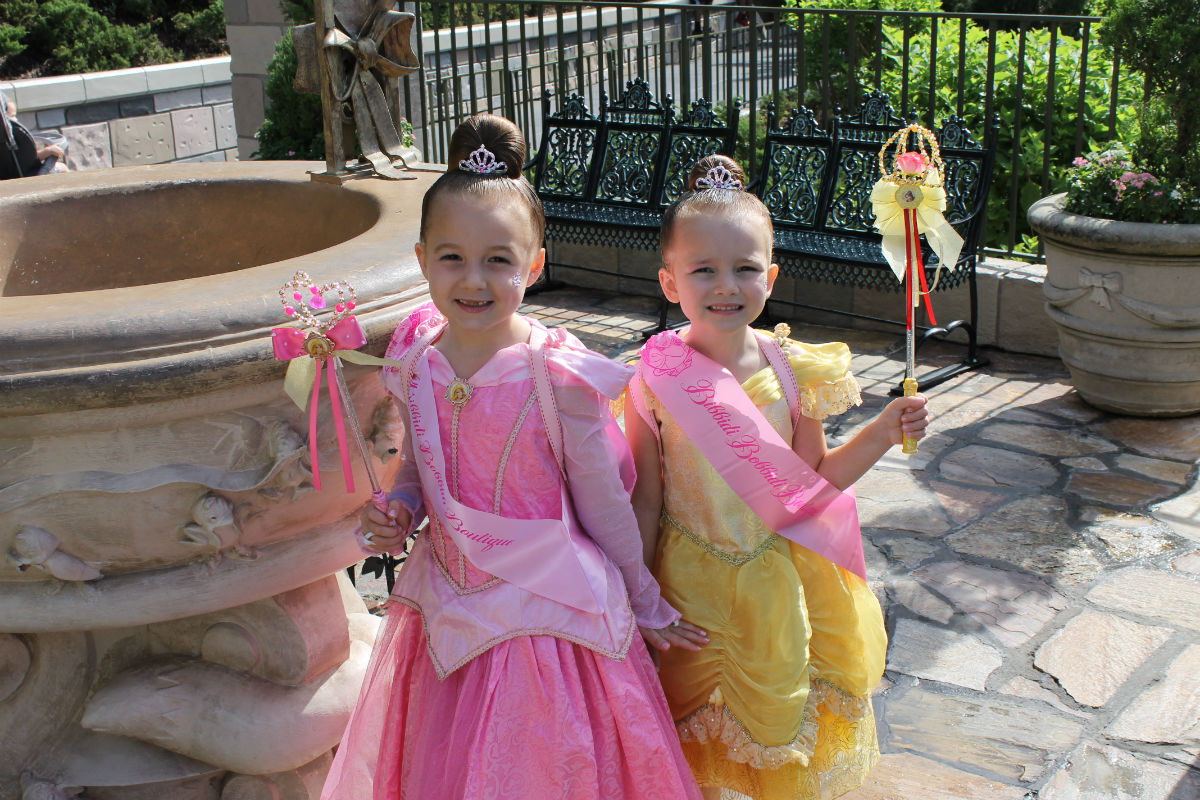 Disney world bibbidi bobbidi boutique blog for World boutique