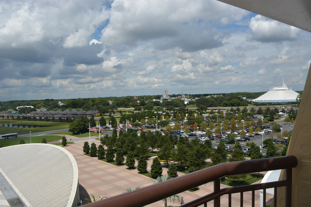 Atrium Club Level At Disney S Contemporary Resort