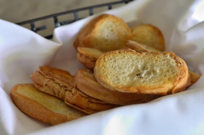 Bongos_garlic_toast