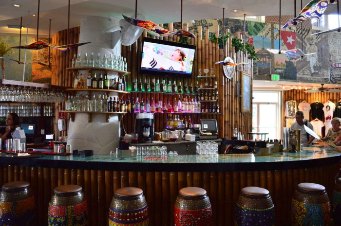 Bongos_indoor_bar