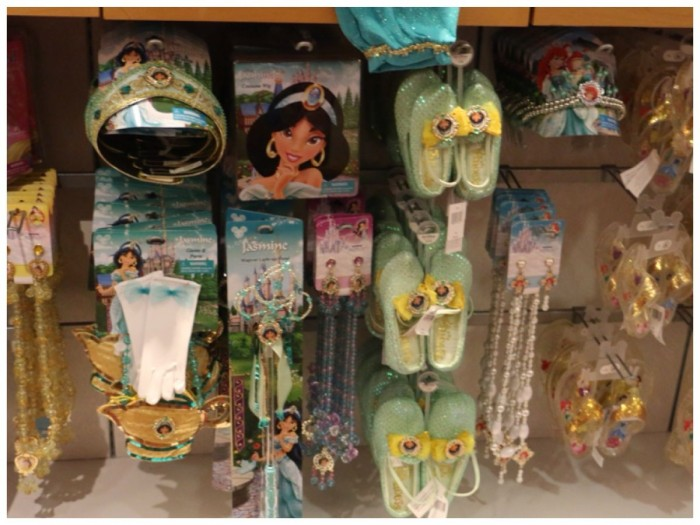 Typical Disney Parks princess accessories