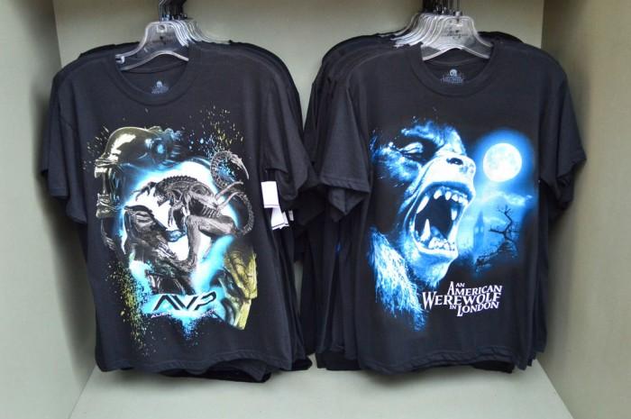 HHN_Merchandise1_Glover