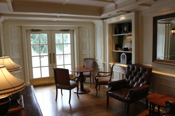 BelleVue_sittingroom