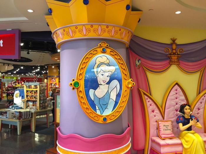 Disney_MCO22