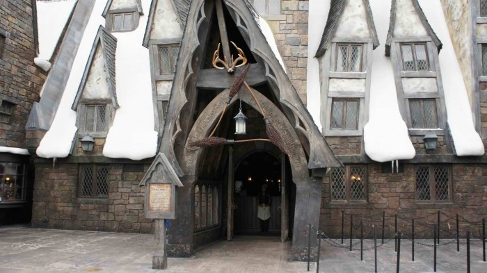 The Three Broomsticks facade