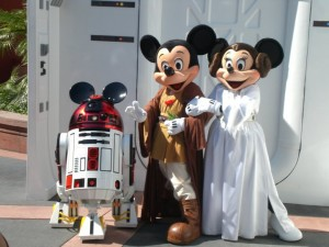 Jedi Mickey, Princess Minnie, R2-MK