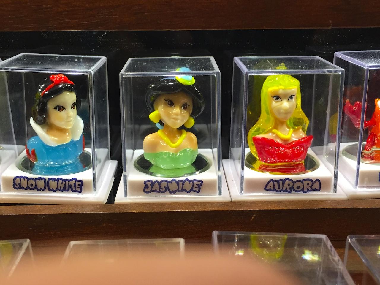 9 of the strangest souvenirs