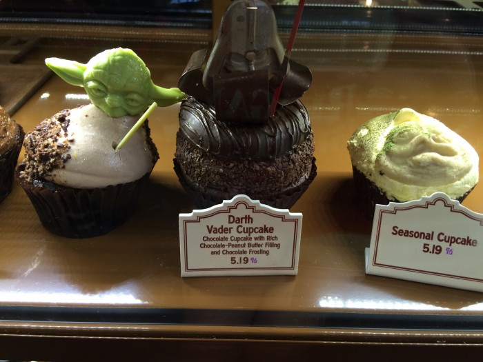 Star Wars Weekends Cupcakes at the Trolley Car Cafe
