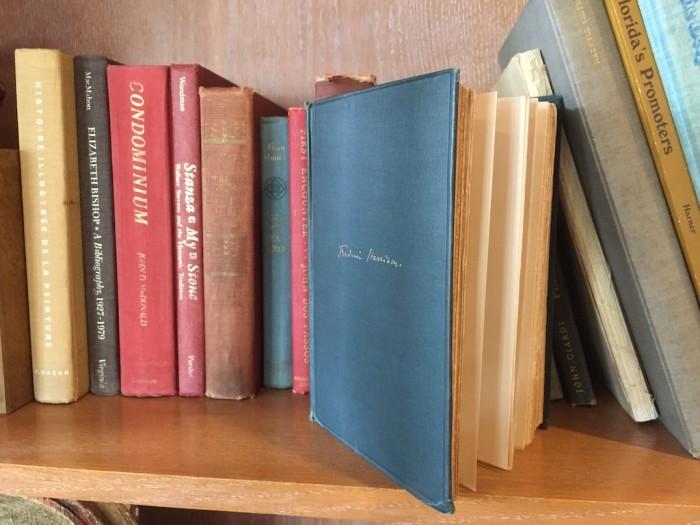 OldKeyWest_lobby_books