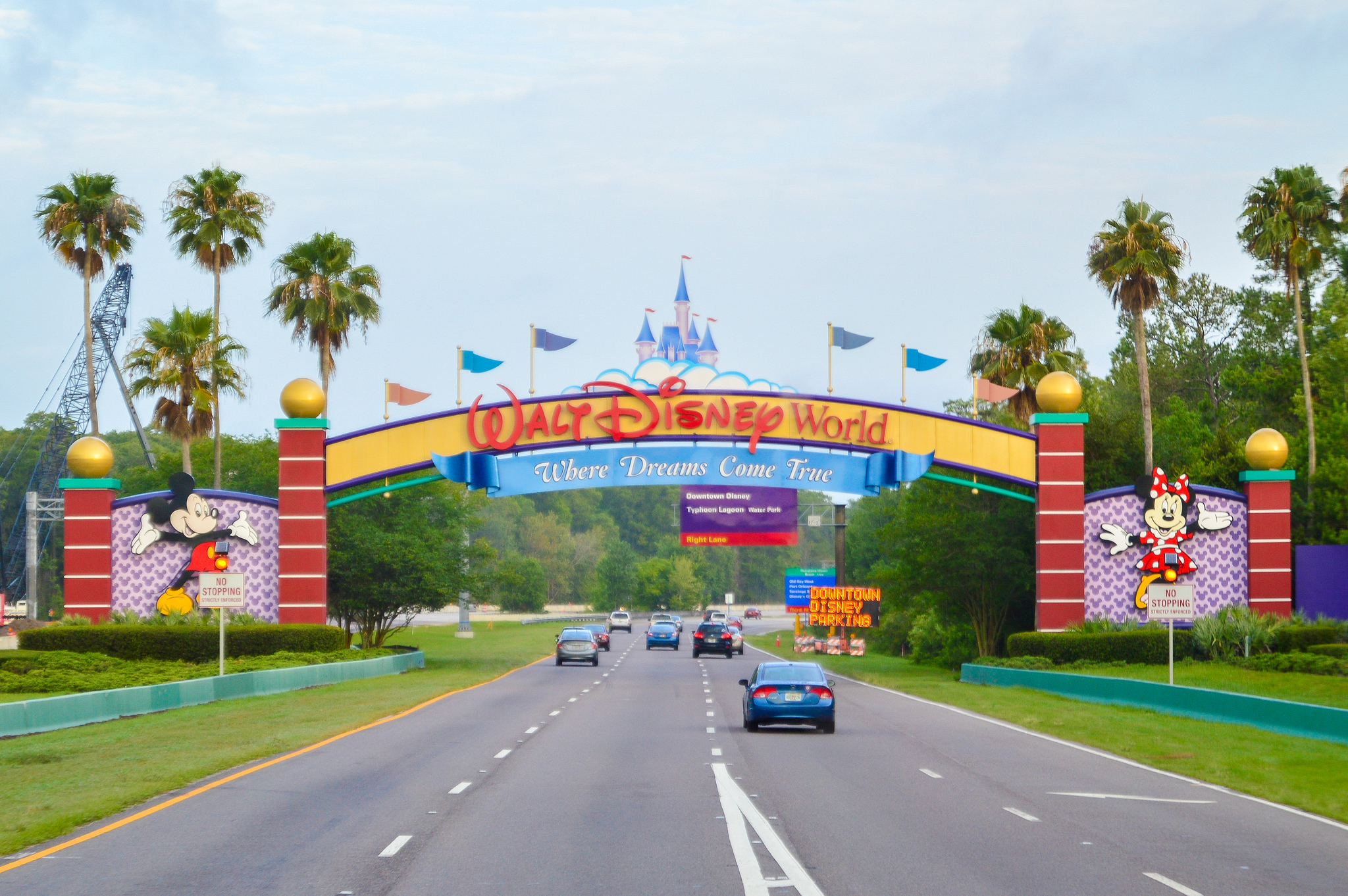 disney world 3 Stay in a spacious villa near disney when you reserve this 3-day/2-night stay + 5 disney tickets package book your disney world 3-day package and save.
