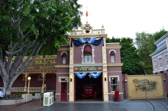 DisneylandFireDept_Glover