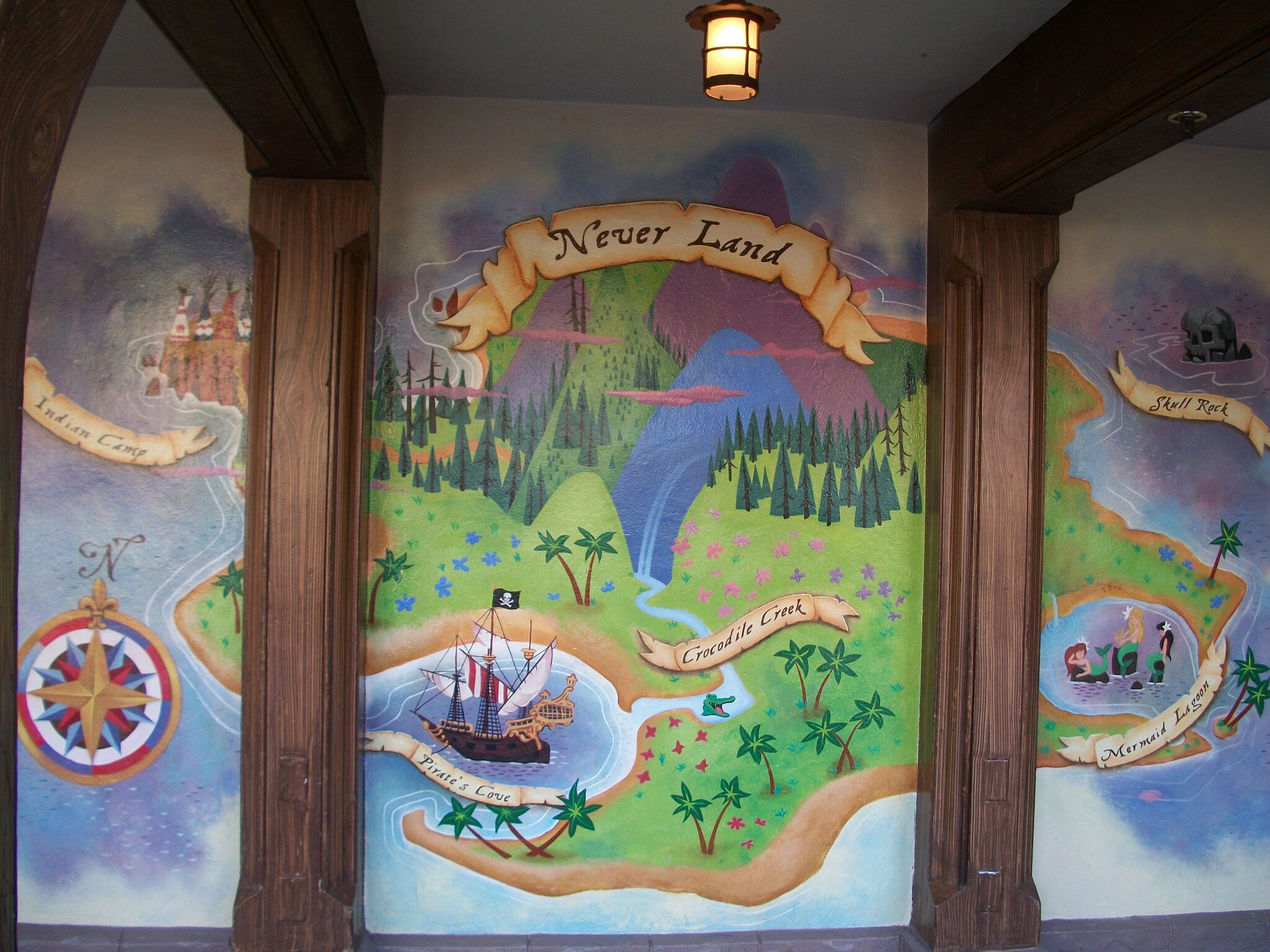 Disneyland vs disney world peter pan 39 s flight for Disneyland mural