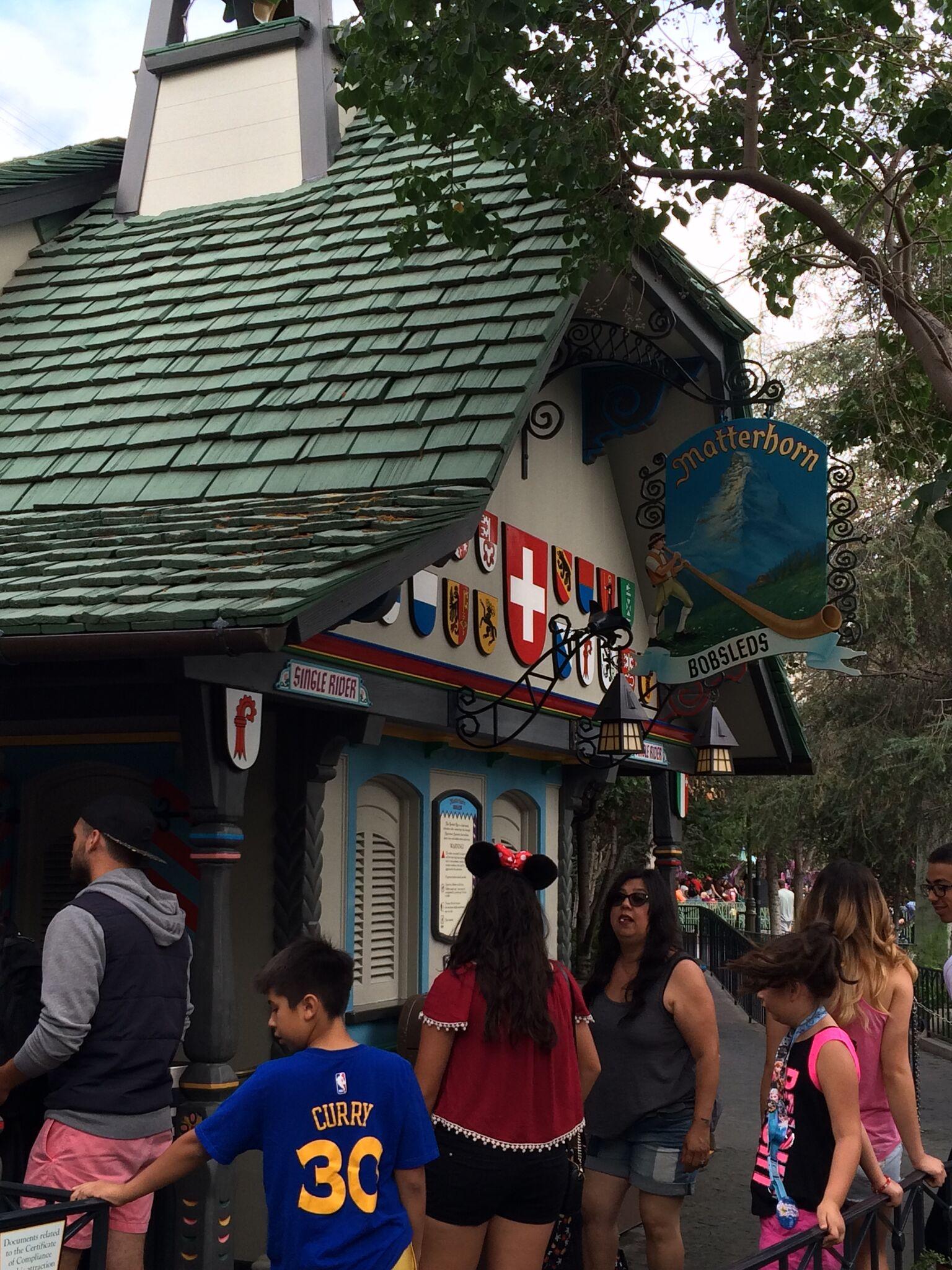 Disneyland Touring Plans