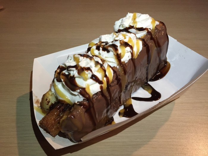 ChurroDog1_Gl;over