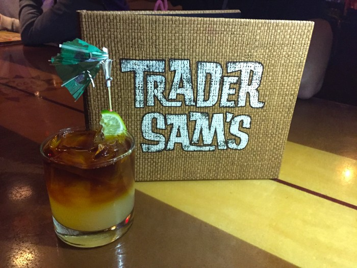 TraderSams_DarkandStormy_Meg