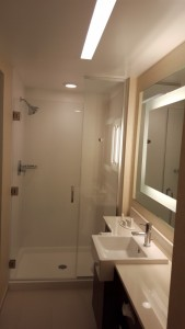 Springhill Suites - Bathroom