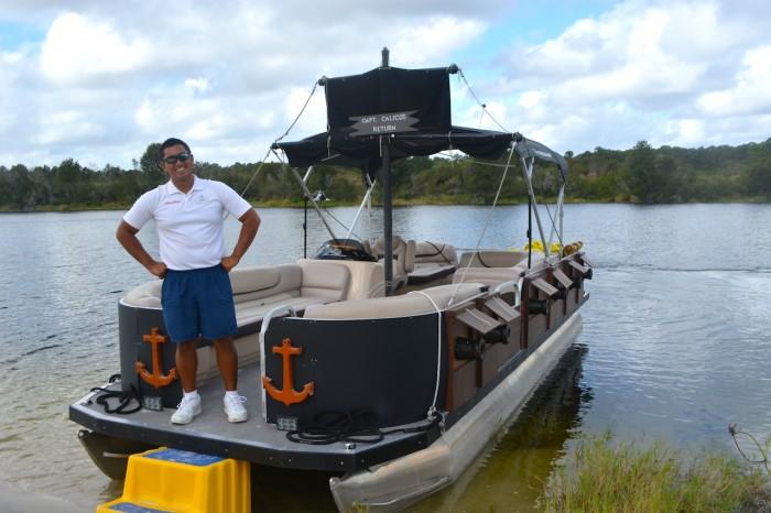 CARIBBEANBEACH_boat2