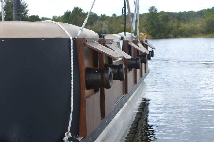 CARIBBEANBEACH_boat3