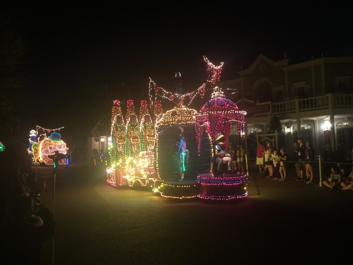 More Main Street Electrical Parade!