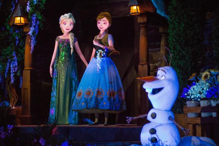 EPCOT_Frozen3_Carey
