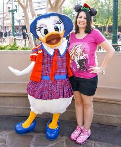 DCA Holiday Character - Buena Vista Street Daisy